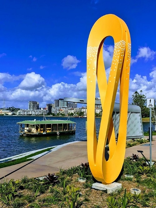 Brisbane River beacons add lasting colour to city entrance